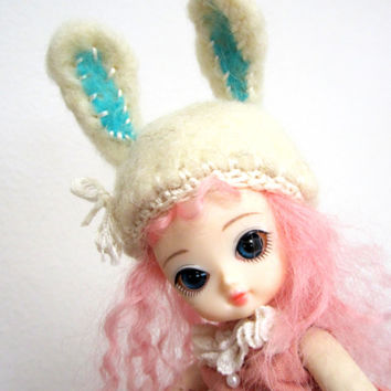 Fashion doll hat, bjd doll hat, miniature, white bunny, 1 : 6 scale, 5 inch dolls, needle felted