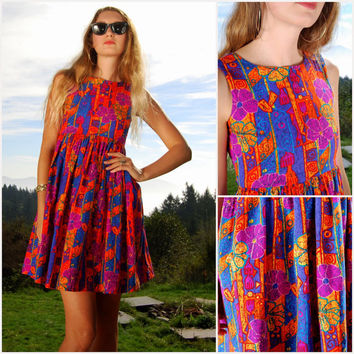 80's Hawaiian Mini Dress, Tropical Tiki Tie Back Dress, Cut Out Open Back Pleated Sun Dress, Summer Batik Hibiscus Floral Print, Small