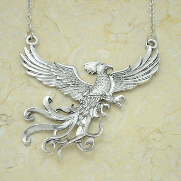Harry Potter and the Order Of The Phoenix Necklace with phoenix pendant