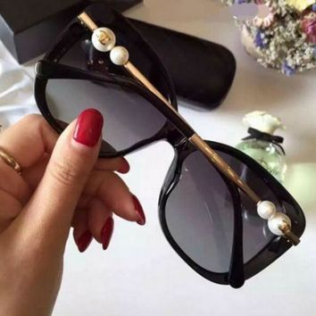 FASHION WOMEN SUNGLASSES TEMPERAMENT PEARL GLASSES