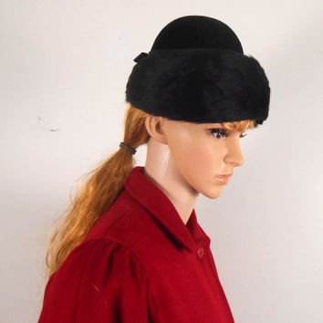 Black Woman's SONNI California Faux Fur Hat - 1940s Winter Fur Hat -  Black Hat with Bow - Free US Shipping