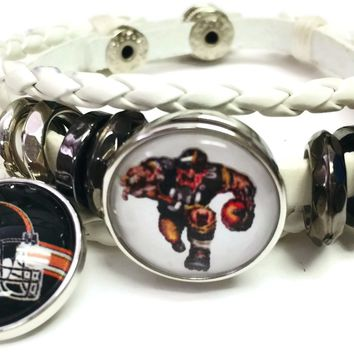 NFL Pittsburgh Steelers Bracelet Game Face &  Helmet Logo Football Fan White Leather  W/2 18MM - 20MM Snap Charms New Item