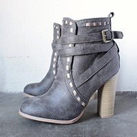fairest ankle boot of them all in grey