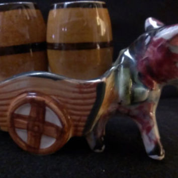 Burro with Wagon with Barrels Salt and Pepper Shakers Made in Japan (353)
