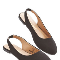 ModCloth Minimal Go-To Glamour Flat in Black