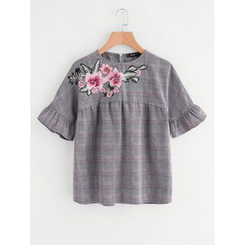 Multicolor Embroidered Flower Embellished Ruffle Sleeve Babydoll Top