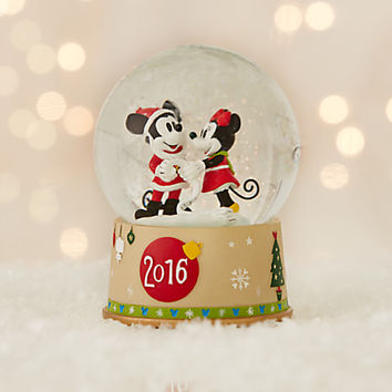 Mickey and Minnie Mouse Snowglobe - Holiday 2016 | Disney Store