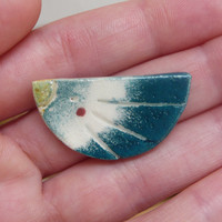 Ceramic Brooch / Gradient Birdy Wit.. on Luulla