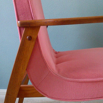 FREE Shipping Mid Century Danish Modern Chair in Pink TREASURY ITEM