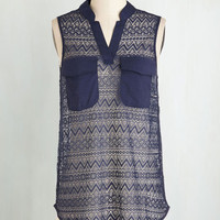 Mid-length Sleeveless Pattern the Beat Around Top