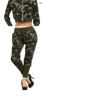Army Camuflouge 2 Piece Quilted Tracksuit track set. Sweatsuit Pants Crop Jacket