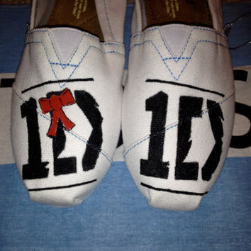 Custom One Direction Logo Inspired TOMS on White Canvas