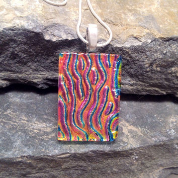 Dichroic glass pendant with/ silver chain