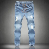 *online exclusive* men's trouser pull on jogger jeans