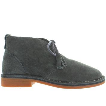 ONETOW Hush Puppies Cyra Catelyn - Dark Grey Suede Chukka Boot