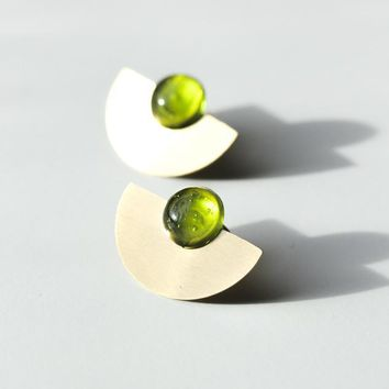 Rover & Kin - Mod Disc Emerald Earrings