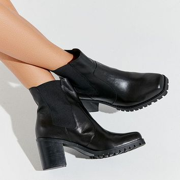 UO Alex Square Toe Chelsea Boot | Urban Outfitters