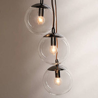 Cluster Globe Pendant Light | Urban Outfitters