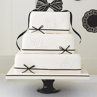 Black & Ivory Fruit Wedding Cake | M&S