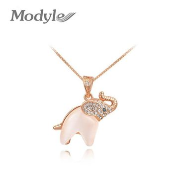 Modyle Korean Fashion Jewelry For Women 2018 New Crystal Lucky Lovely Elephant Necklace