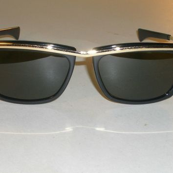 1970's VINTAGE B&L RAY BAN L1004 SLEEK BLACK/GOLD G15 OLYMPIAN II SUNGLASSES