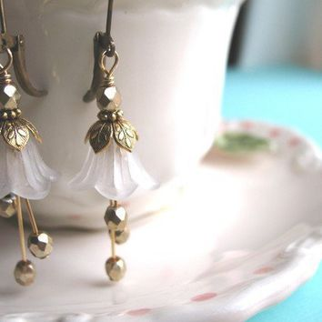 Bridesmaids Gifts, WEDDING BELLS White Flower Earrings Gold Nature Lilly Petunia  Bridal Jewelry