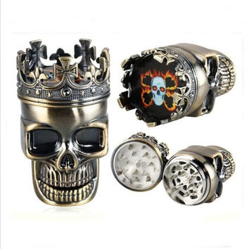 3-part Skull-shaped Tobacco Grinder Bronze