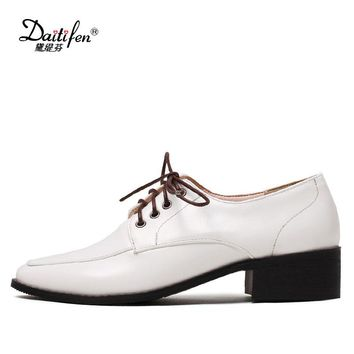 Daitifen Spring Oxford Shoes Flats Shoes Women Patent Leather Lace Up Oxfords Shoes Square Toe Casual Women Flats Dress Shoes