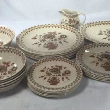 Vintage Staffordshire Old Granite Johnson Bros Jamestown 22pc Dinnerware England