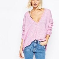Gestuz Gabi Slouchy Jumper with V Neck