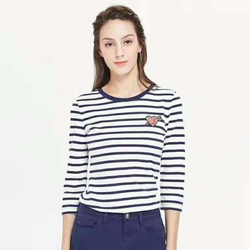 TOMMY HILFIGER Fashion Long Sleeve Stripe Loving Heart Embroider Round Neck T-Shirt G-JGYF