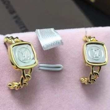 LV Women Fashion Diamonds Gold Plated Stud Earring bd5556c3f1