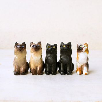 Animal Totem Cat, wooden cat totem tiny figurine, home decor for cat lovers, pocket zoo, pets lovers gift ideas