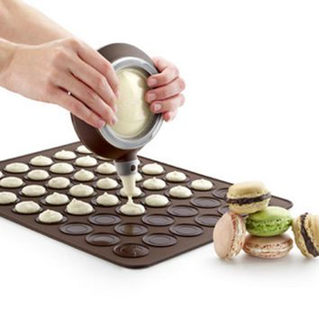 Food Grade Macaron Silicone Cake Mold 30 Holes Baking Mat Bakery Tools Soap Chocolate Mould Fondant Kitchen Utensils