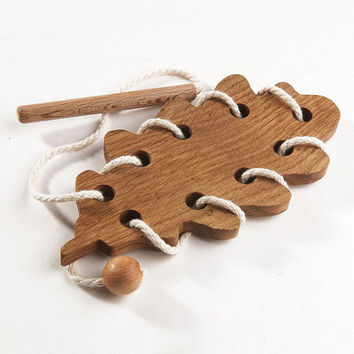 Wooden Lacing Toy Learning toy Fine Motor Skills Toy Oak Leaf Educational WoodToy Montessori Wooden Toy Eco Friendly Organic Handmade
