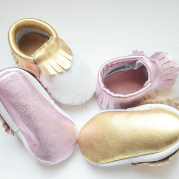 White with Metallic Pink, White Moccasins, Metallic Pink Moccasins, Pink, Baby Moccs, Baby/Toddler Shoes, Genuine Leather