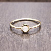 925 sterling silver gold vermeil plated mother of pearl full moon ring