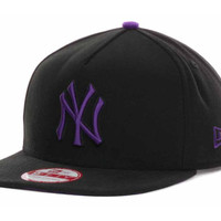 New York Yankees MLB Pop Unda 9FIFTY Strapback Cap