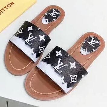 LV New fashion monogram print leather flip flop slippers shoes