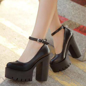 casual high-heeled thick heels platform pumps  shoes Black and White