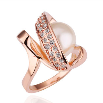 Hover Pearl Rose Gold Plated Ring