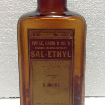 Vintage 1920s Parke Davis Sal-Ethyl Antique Medicine Capsules With Contents