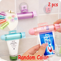 2pcs ABS Rolling Squeezer Toothpaste Dispenser Tube Partner Sucker Hanging Holder [8045582407]