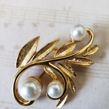 Estate Jewelry - NAPIER Gold and Pearl Vine Brooch