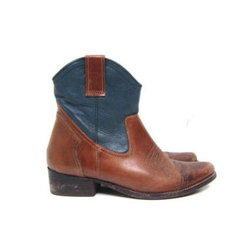 90s Brown & Blue Leather Cowgirl Boots Pointy Toe Western Boots Zip Up Ankle Boots Worn In Boho Hipster Low Top Boots Women's 8 / 8.5
