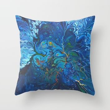 Organic.3 Throw Pillow by DuckyB