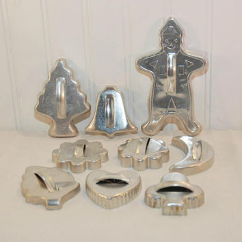 Large Assortment Of Vintage Aluminum Cookie Cutters (c. 1950's-1960's) Christmas Cookies, Vintage Kitchen Cookie Cutter, Gingerbread Man