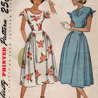 Retro 50s Tea Dress Simplicity Sewing Pattern Fitted Bodice Tie End Sleeves Full Skirt Gathered at Sides Garden Dress Bust 32