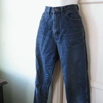 Vintage Dark Wash High Waist/High Rise Straight Leg Jeans; Petite/Short Sz 2-4; Vintage Jordache; Sexy/Form Fitting, Tapered Legs