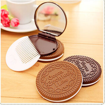 Cookie Shaped Design Mirror